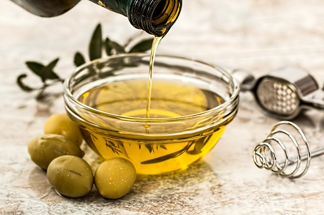 美味しいオリーブオイルをドレッシングに使えば市販品に負けない♪【フルーツ酵母・自家製天然酵母・パン教室|大阪・奈良】