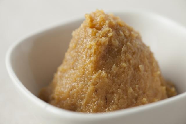 発酵マニアに捧ぐ味噌づくり&無添加自家製ソーセージレッスンを開催します【フルーツ酵母・自家製天然酵母・パン教室|大阪・奈良】