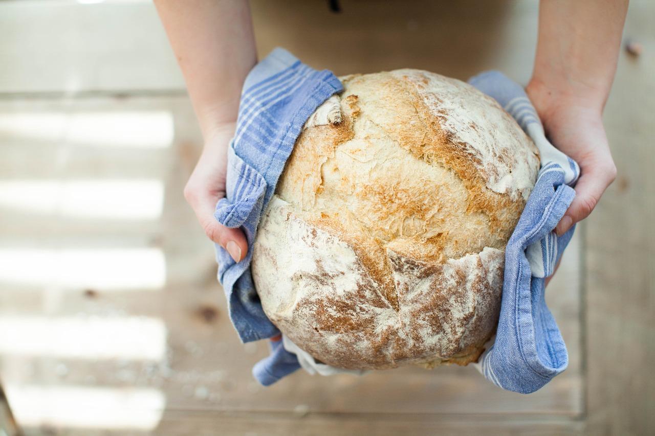 パン講師物語①自家製天然酵母パンって固くて酸っぱいパンなの?【フルーツ酵母・自家製天然酵母・パン教室|大阪・奈良】